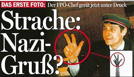 Kühnen-Gruß? Oder drei Bier? Strache wackelt 2007 als FPÖ-Chef, aber er stürzt nicht.